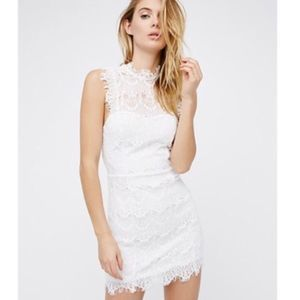 {Free People}NWT lace open back fitted mini dress